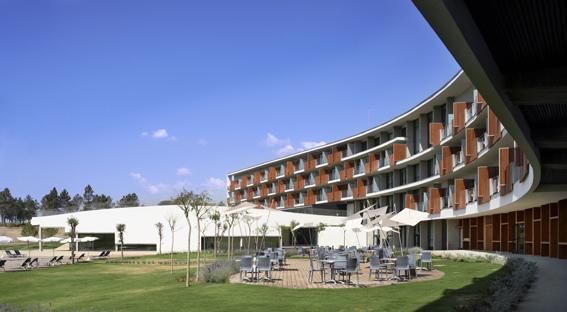 MeliaGolfVichycatalan_hotel