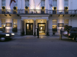Brown's-Hotel-London-–-Hotel-Facade-2077